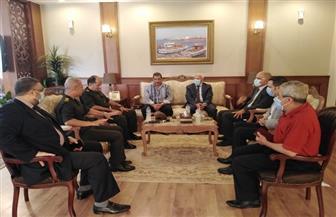 محافظ بورسعيد ورئيس الصناعات المصرية يبحثان سبل تعزيز التنمية الصناعية