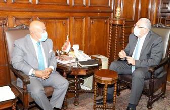 وزير الزراعة يبحث مع نائب رئيس البنك الأهلي المصري آليات تمويل الأنشطة الزراعية