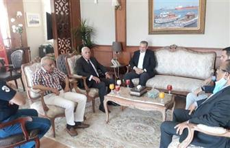 محافظ بورسعيد يبحث أوجه التعاون وملف الأسواق مع مدير صندوق تطوير العشوائيات |صور