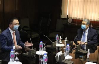 وزير الكهرباء يبحث مع الرئيس الإقليمي لشركة هواوي التحول التدريجي لشبكة ذكية| صور