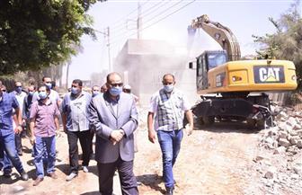 محافظ أسيوط يترأس حملة لإزالة بعض التعديات على أراض أملاك الدولة بمركز الفتح |صور
