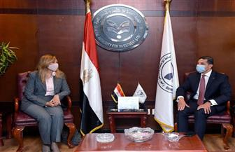 الرئيس التنفيذي لهيئة الاستثمار يلتقى الدفعة الثانية من البرنامج الرئاسي لتأهيل التنفيذيين للقيادة| صور