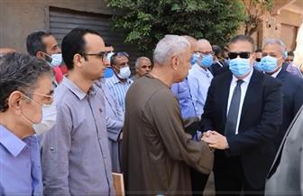 محافـظ المنوفية ومدير الأمن يتقدمان جنازة الشهيد محمود عبدالغفار