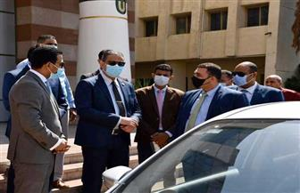 محافظ الفيوم يشهد بدء عمل أول سيارة للضبطية القضائية لحماية المستهلك | صور