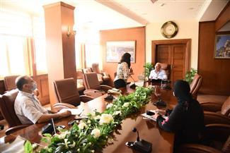 «الغضبان» يبحث تحسين الأداء مع مديري الإدارات بالديوان العام لمحافظة بورسعيد | صور