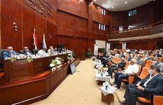 وزير الإسكان يصدر حزمة من التكليفات خلال لقائه رؤساء أجهزة المدن الجديدة| صور