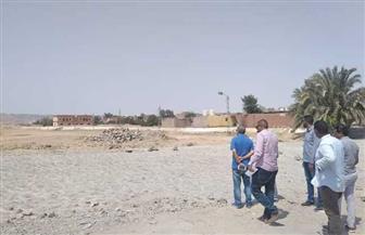 سكرتير عام مساعد البحر الأحمر يتفقد مخرات السيول بمدينة القصير للتأكد من جاهزيتها