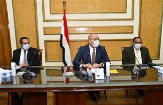 """وزير الإسكان: """"لن نسمح بظهور أى مخالفات أو تشوهات عمرانية بالمدن الجديدة"""