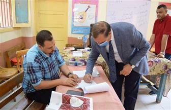 رئيس جامعة سوهاج يدلي بصوته في انتخابات مجلس الشيوخ بجولة الإعادة