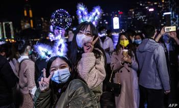 من التايم سكوير إلى الشانزليزيه.. كيف احتفلت مدن العالم برأس السنة في ظل انتشار الوباء؟| صور