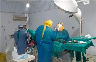 أم مصابة بـ«كورونا» تضع مولودها في ظروف استثنائية وسط إجراءات مشددة | صور