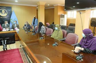 محافظ كفرالشيخ يستقبل زوجات الصيادين المفرج عنهم في ليبيا | صور