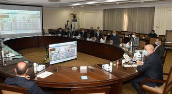 وزير الإسكان يتابع إجراءات تنفيذ الخطة الاستراتيجية للتوسع في محطات تحلية مياه البحر | صور