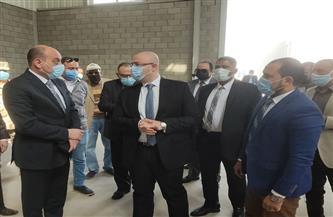 محافظ بني سويف ورئيس هيئة التنمية الصناعية يتفقدان المجمع الصناعي بمنطقة بياض العرب|صور