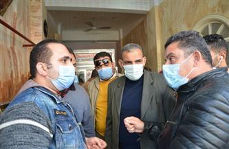 غلق 4 منشآت تجارية بالإسكندرية لعدم تطبيق إجراءات مواجهة كورونا  صور