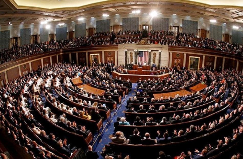 مجلس النواب الأمريكي يضيف عقوبات ديون روسيا إلى مشروع قانون سياسة الدفاع