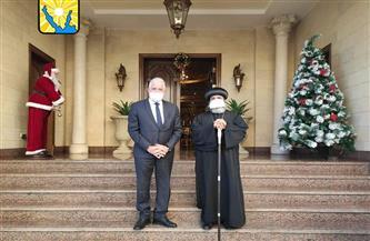محافظ جنوب سيناء يقدم التهنئة للأنبا أبولو بعيد الميلاد المجيد| صور