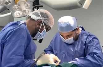نجاح جراحة استئصال أورام مخية لمريض يعاني متلازمة فون هيبل بمستشفى السلام ببورسعيد  صور