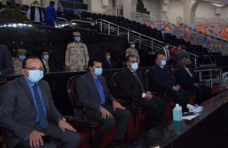 رئيس الوزراء يحضر تدريبات منتخب مصر النهائية استعدادًا لافتتاح مونديال كرة اليد