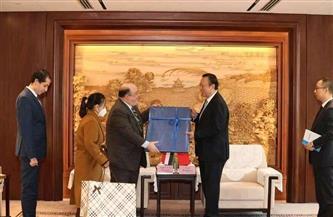 قنصل مصر في شنغهاي يشهد التوقيع على 14 ملحقا لمنطقة المال والأعمال بالعاصمة الإدارية  صور