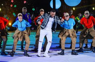 تامر حسني يغني «ارفع إيدك» في  حفل افتتاح مونديال اليد