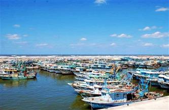 """إغلاق ميناء برج البرلس بكفر الشيخ لليوم الثاني بسبب نوة """"الغطاس"""""""
