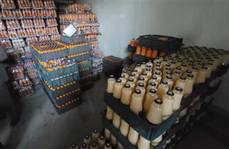 ضبط 47 ألف علبة عصير مجهولة المصدر بمخزن في سوهاج