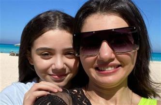 دينا فؤاد: ابنتي زينة أغلى حاجة في حياتي | صور