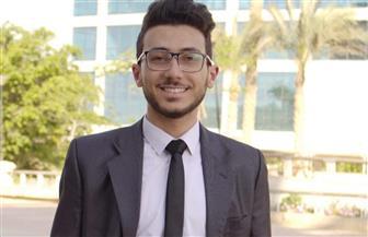 طالب مصري يخترع سيارة كهربائية