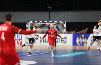 شميدت لاعب المنتخب السويسري يحصد لقب رجل المباراة