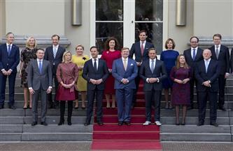 فضيحة معونات خاصة برعاية الأطفال تطيح بالحكومة الهولندية