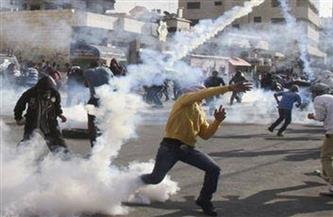 إصابة عشرات الفلسطينيين بقنابل الغاز واعتقال مسن خلال قمع الاحتلال مسيرة جنوب الخليل
