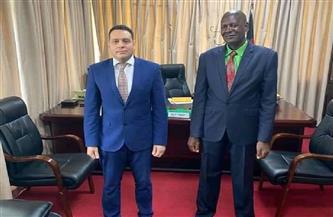 سفير مصر في مالاوي يبحث مع وزير الزراعة مبادرات تعزيز التعاون التجاري والزراعي بين البلديّن