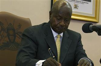 رئيس أوغندا يؤدي اليمين الدستورية لولاية سادسة