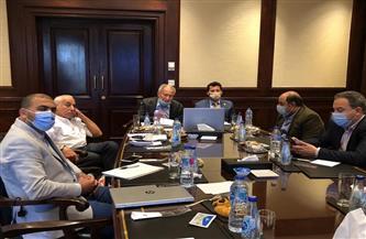وزير الرياضة ورئيس الاتحاد الدولي لكرة اليد يجتمعان مع مديري الصالات المستضيفة للمونديال| صور
