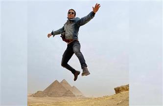 """مينا مسعود يوثق زيارته للأهرامات بالصور عبر حسابه على """"السوشيال ميديا"""""""