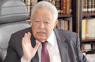 رجائي عطية يطالب رئيسي النواب والشيوخ بإعفاء المحامين من القيمة المضافة