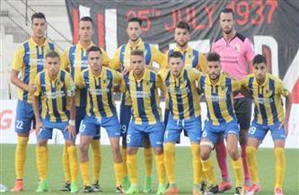 نادي بارادو عاشر فريق بالدوري الجزائري يتخلى عن مدربه