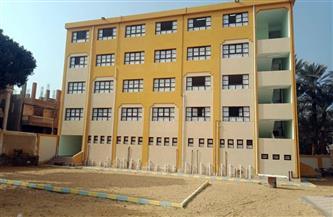 محافظ الفيوم: إنشاء وتطوير 39 مدرسة بتكلفة 196 مليون جنيه | صور
