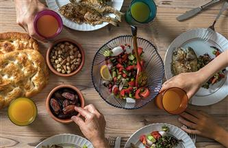 استشاري تغذية: الصيام المتقطع لأسبوع يقلل حجم المعدة ويجدد خلايا الجسم