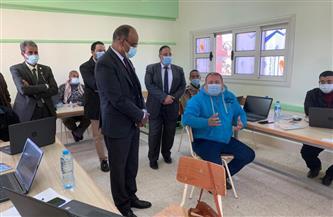"""وكيل """"تعليم الفيوم"""" يشهد تدريب المعلمين على دمج التكنولوجيا في """"أبو سعاد"""""""