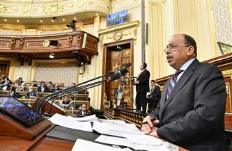 """وزير التنمية المحلية يتهرب من تساؤلات 3 نواب..ويرد على """"عابد"""""""