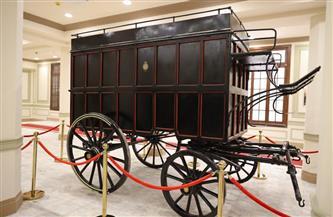 """""""السياحة والآثار"""" تهدي """"الاتصالات"""" مركبة أثرية لنقل المواد البريدية لعرضها في متحف البريد المصرى بالعتبة"""