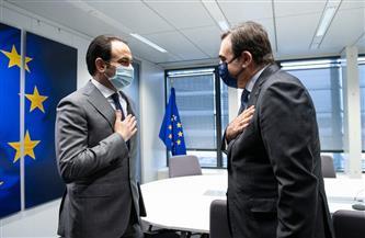 نائب رئيس المفوضية الأوروبية يجتمع مع الأمين العام للجنة العليا للأخوة الإنسانية