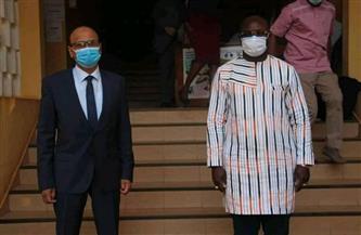 سفير مصر في واجادوجو يبحث مع وزير الصحة البوركيني سُبل دفع التعاون الثنائي | صور