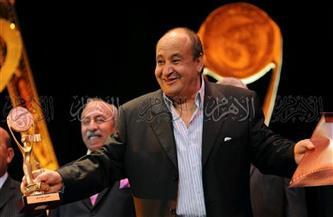 ننشر صور نادرة للكاتب الراحل وحيد حامد من أرشيف الأهرام الوثائقي
