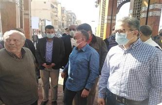وزير الآثار بجولة مفاجئة في سوق السياحي بالأقصر ويستمع لشكاوى أصحاب البازارات| صور