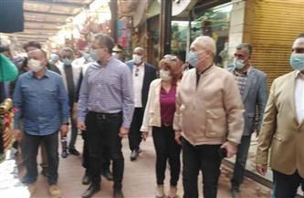 محافظ الأقصر يوافق على إنشاء بوابة في شارع جانبي بمنتصف السوق السياحية|صور