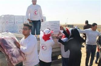 الهلال الأحمر المصري يوزع مساعدات غذائية على الأسر الأولى بالرعاية بشمال سيناء