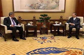 السفير البدرى يناقش سبل تعزيز الاستثمارات الصينية بمصر مع رئيس لجنة العلاقات للحزب الشيوعي الصيني|صور
